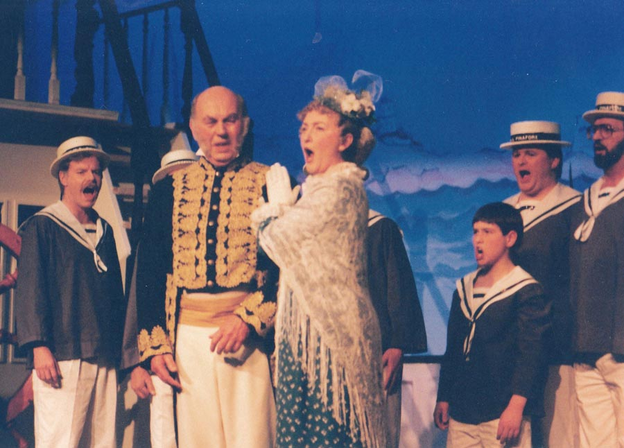 Keith Pickett with Florence Fletcher & the rest of the company in HMS Pinafore
